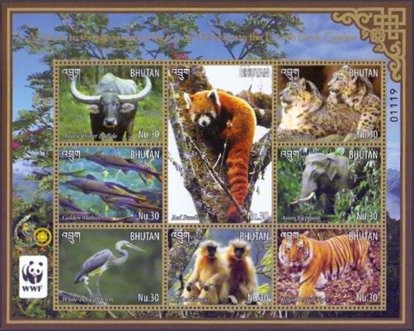 Rare Animal Protection (WWF), souvenir sheet with 8 stamps, MNH, 2015